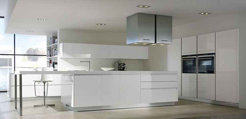 Http Kitchendesigncentre Co Uk Portfolio View Y Line Glass White Kitchen